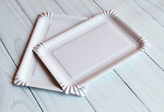 Тарелка 15*22 белая