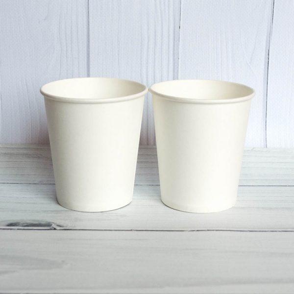 Бумажный стаканчик 210 белый