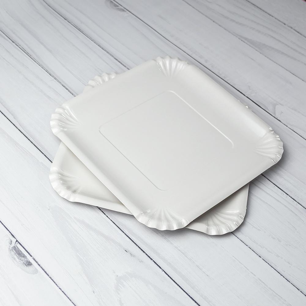 Бумажная тарелка 21×21 см. Белая ламинированная. 800 шт/ящ
